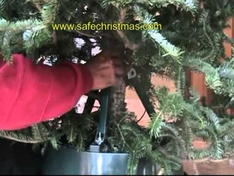 Christmas Tree Stand detailed setup