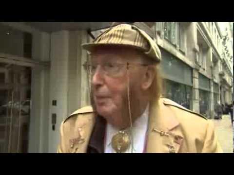 McCririck Blasts Age Discrimination   John McCririck  Channel 4 Urged  u0027Panto Villain u0027 Act