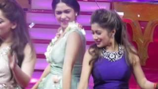 Mrunal Thakur Dance 1234 get on the dance floor Closing Bollystarvanza 09 juli 2017