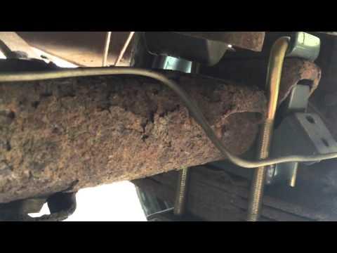 Remove Bump Stops Silverado S10 Blazer - Cutting