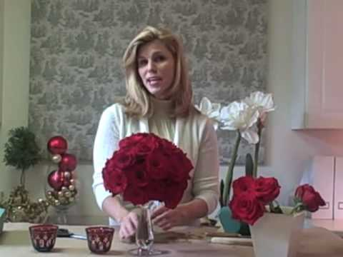 Easy Red Rose Centerpiece