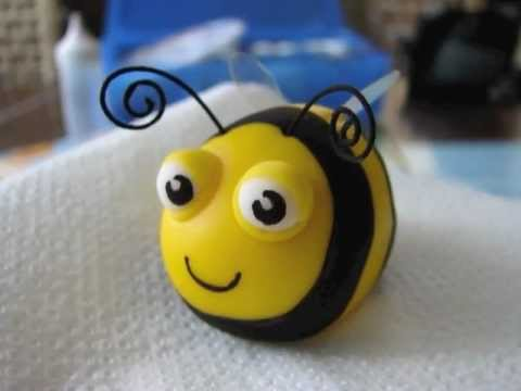 How to make a bee from sugarpaste