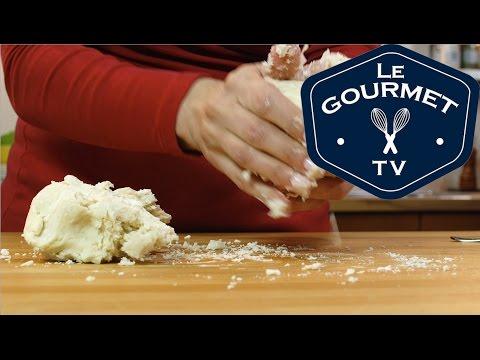 Easy Pie Pastry Recipe (with Lard) - LeGourmetTV