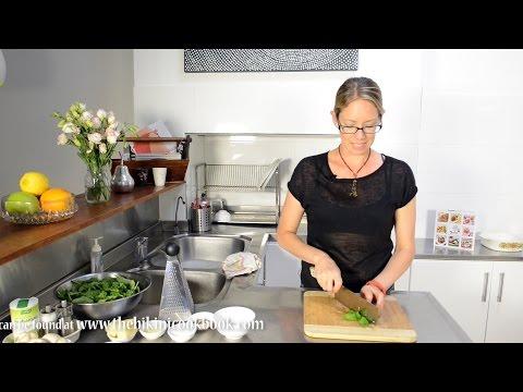 The bikini cookbook Creamy Chicken and Mushroom Mountain Bread Lasagne