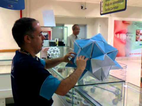 André Rodrigo - Origami Man