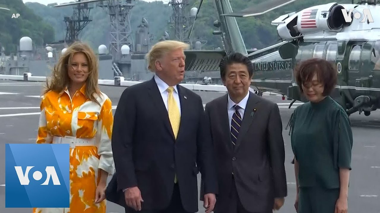 Abe, Trump Arrive at Japanese Naval Base