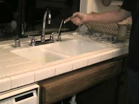 How To Replace A Storage Tank For A Reverse Osmosis Water Filtration System