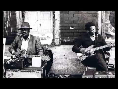 Carey Bell ~ ''So Hard To Leave You Alone''&''Heartaches And Pain''(Harmonica Electric Blues 1977)