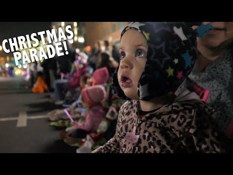 Anna's First Christmas Parade!