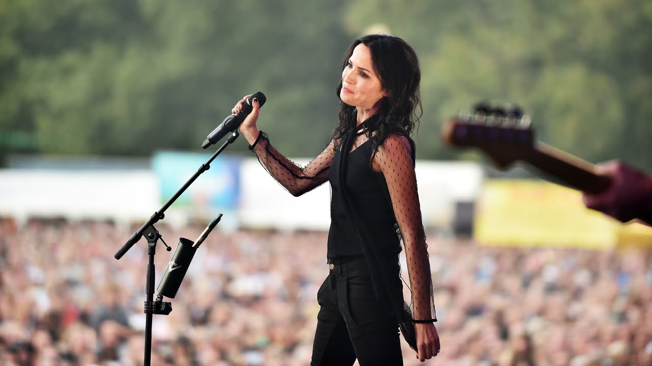 The Corrs - Breathless (Radio 2 Live in Hyde Park 2015)