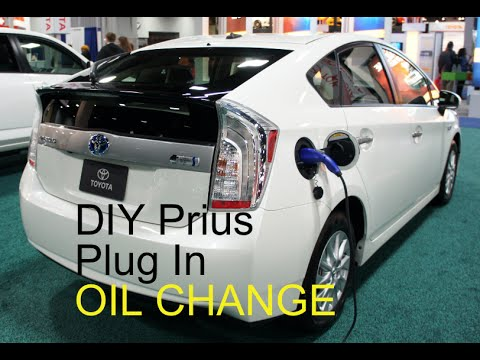 2010-2017 DIY PLUG IN Toyota Prius How to Oil Change Mobil 1 Electric Hybrid