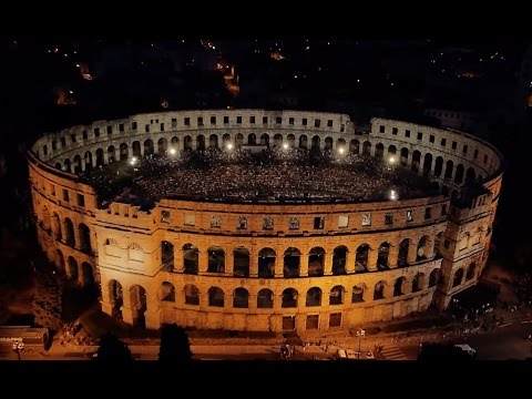 2CELLOS - LIVE at Arena Pula 2013 [FULL CONCERT]
