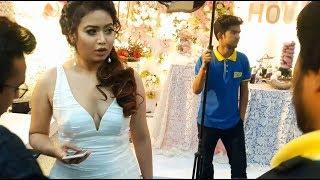 Bangladeshi Actress Ashna Habib Bhabna Hot Dress up in a Show