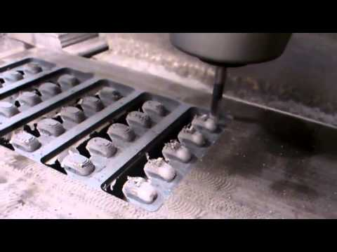 Milling Plastic Button 2