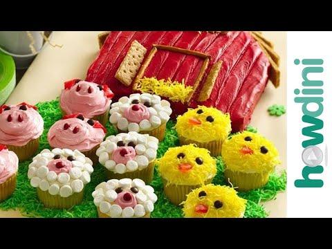 Birthday Cake Ideas: How to Make a Barn Birthday Cake (and Farm Animal Cupcakes!)