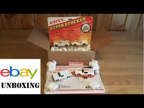eBay Unboxing - 1980 Ertl 1/64 Hardee's Roadrunner Race Team Vehicles