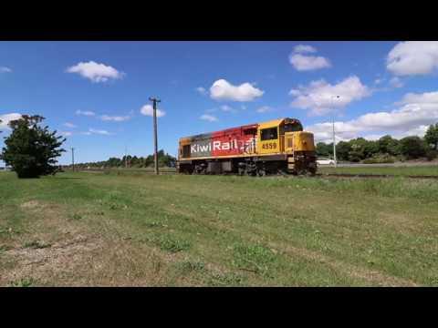Light Loco DCP4559 To Rescue The Trainz Alpine