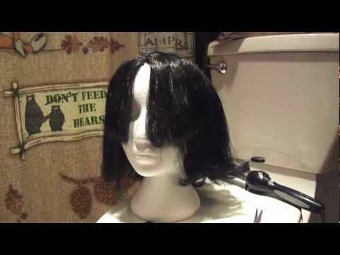 How to Style Cheap Halloween Wigs