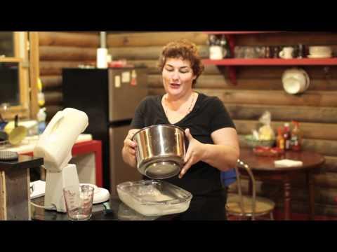 Cinnamon Walnut Coffee Cake Recipe