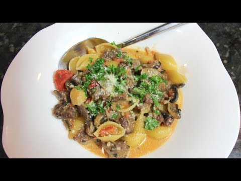 One Pot Beef & Mushroom Pasta: Creamy Beef Pasta Dinner Recipe