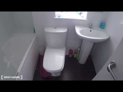 Rooms to rent in a 3-bedroom flatshare - Acton, London - Spotahome (ref 115973)