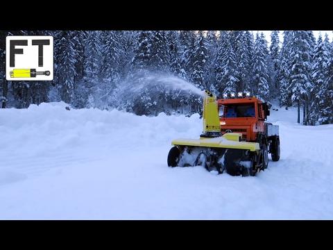 LEGO Technic Unimog U4023 (MOC) - working snow blower