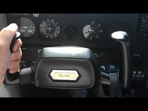 Cockpit of a Cessna 152