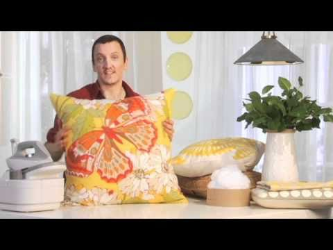 How to Stuff, Iron and Arrange Pillows to Make a Picture-Perfect Setting | Pottery Barn