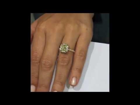 1.50 ct Princess cut Yellow Diamond Halo Engagement Ring