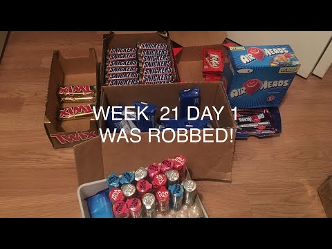 Selling candy at school Week 21 Day 1 - I WAS ROBBED!!!