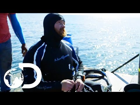 Another Emergency Puts A Stop To The Search For Gold | Gold Divers