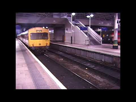 Last Class 101 DMU  Manchester Piccadilly  24.12.2003