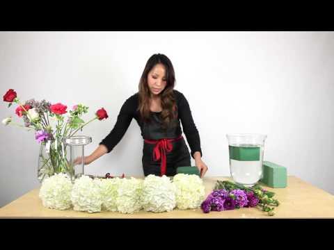 How to make a Hydrangea Centerpiece (quick tutorial)