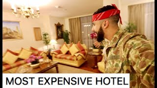 STAYING IN A HOTEL WHERE ONLY BILLIONAIRES STAY!!!