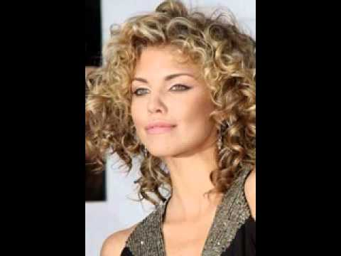 30 Medium length curly hairstyles