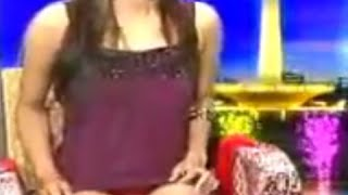Presenter Indonesia Cantik Ini Keliatan Jelas Banget CD Celana Dalamnya Saat Persembahan TV