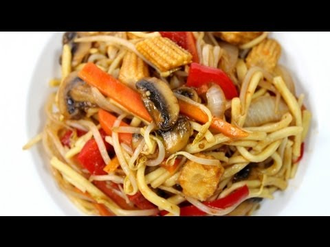 how to stir fried noodles with vegetables - easy recipe from IDcooking.com