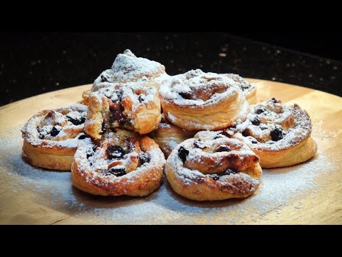 How to make Puff pastry with raisins