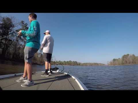 Pre-Spawn Bass Fishing at Lake O' The Pines