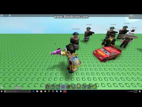 Testing Out Professor Poopypants' Ray Gun Gear On Roblox