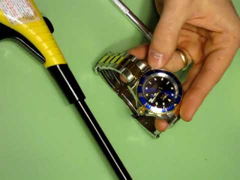 Cyclops (date magnifier) removal from watch crystal