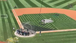 Yankees' CC Sabathia takes batting practice in Oakland