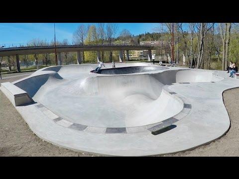 Vårby skatepark Ravinen - Bowl in bowl