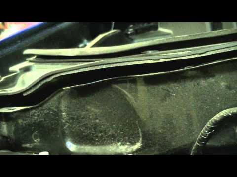 2011 Ford Escape Maintenance Part 2: Air Filter, Cabin Air Filter and Heater Blower Resistor
