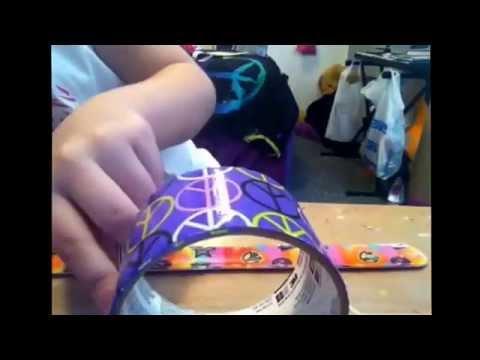 Panting a snap bracelet