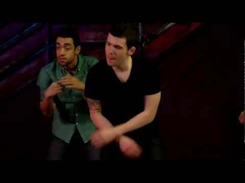 How to Dance in Clubs - Simple Moves for the Common Man