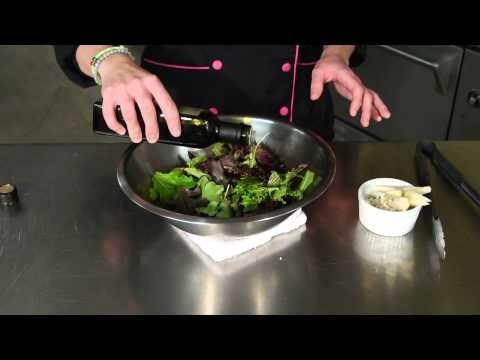 Pear, Blue Cheese & Balsamic Vinegar Salad : Salad Recipes