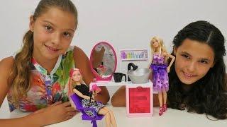 Güzellik salonu oyunu. Polen ve Kardelen ile Barbie oyunları. Kız oyuncakları