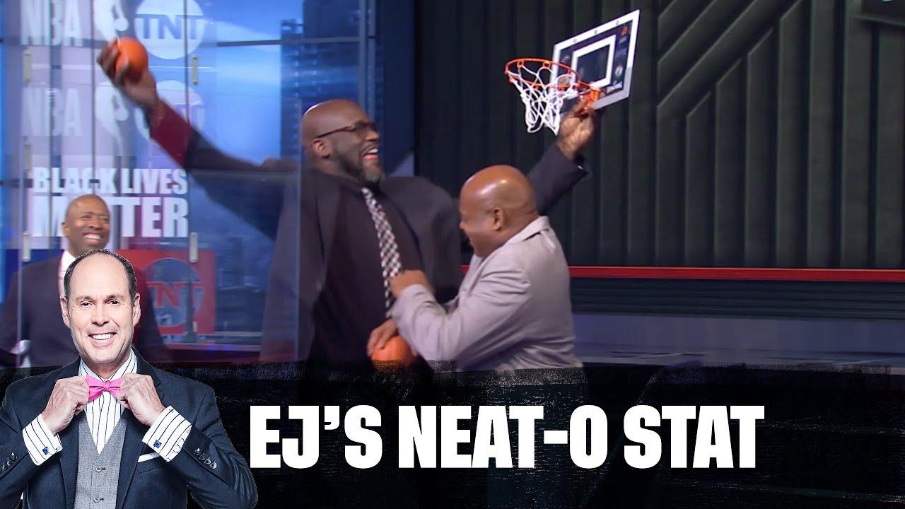 Shaq Tries to Dunk on Chuck   EJ's Neato Stat