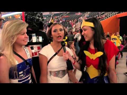 Students Get Creative with Duct Tape at the Global Finals 2015 3M Duct Tape Costume Ball
